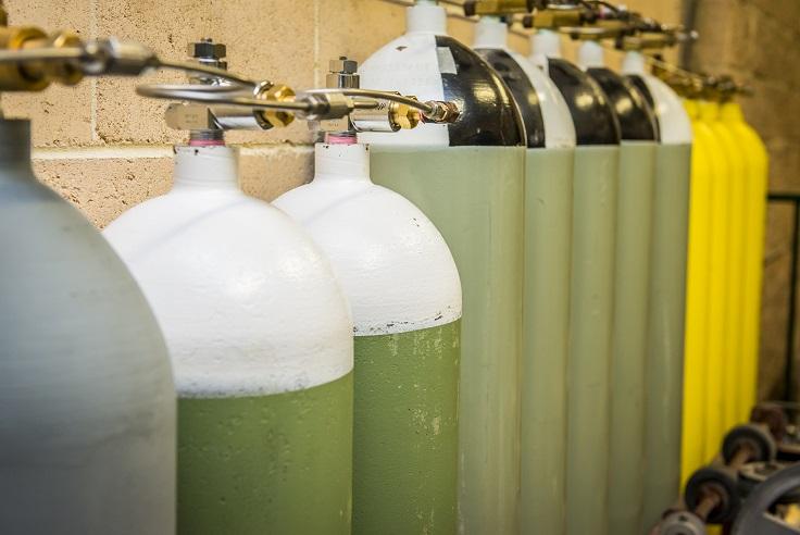 Cylinder Testing & Filling image